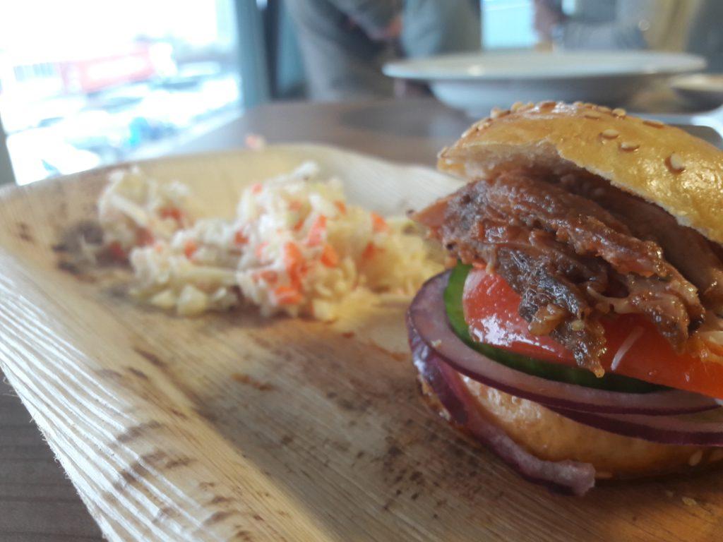 Burgerbrötchen selber machen - Hamburgerbrötchen mit Pulled Pork
